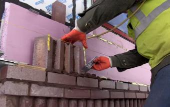 «Boston Bricks with a Dutch Touch». Un documentario sulla posa dei mattoni a vista