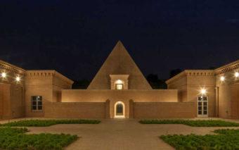 Labirinto della Masone. L'uso neoclassico del mattone a vista