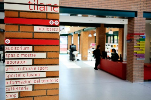 Biblioteca Tilane
