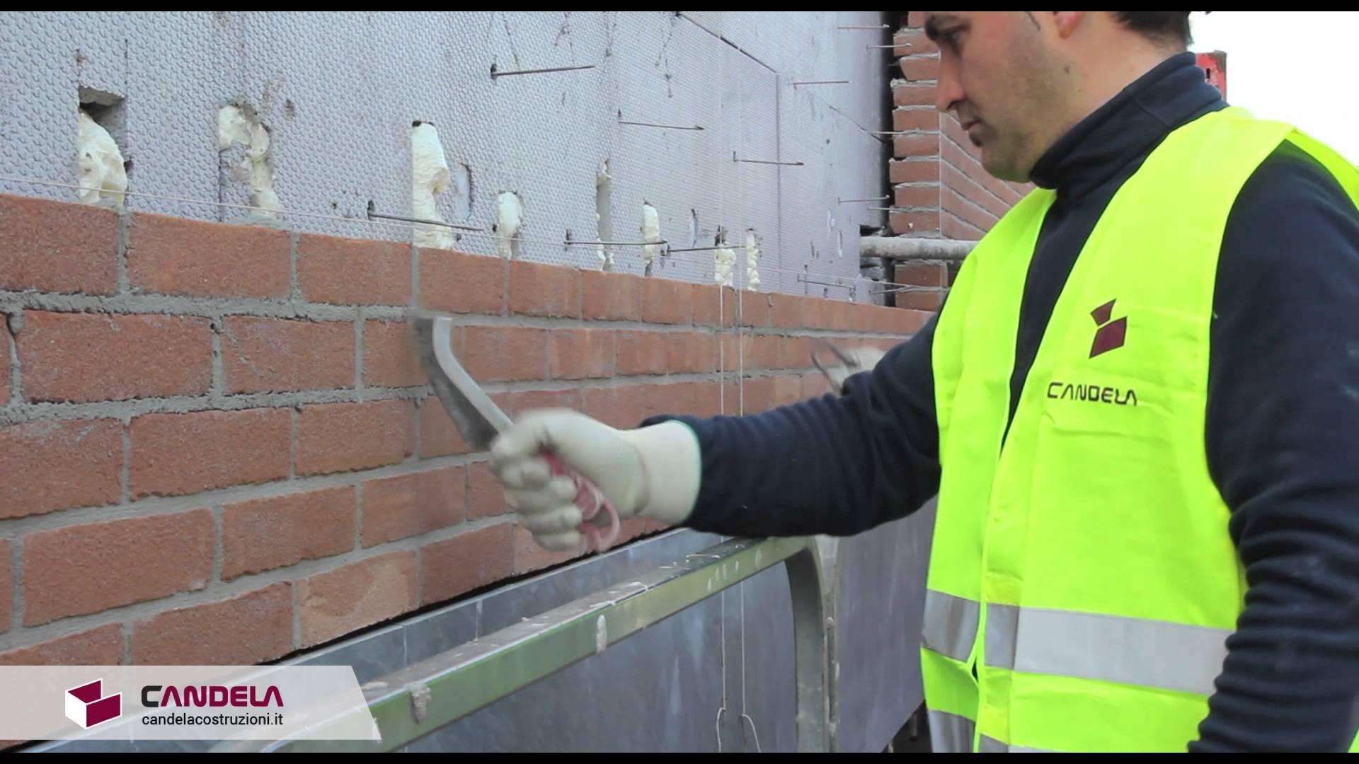 La finitura della facciata in mattoni a vista  Candela Costruzioni